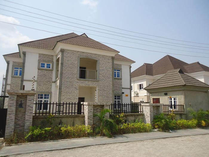 5-bedroom-detached Estate