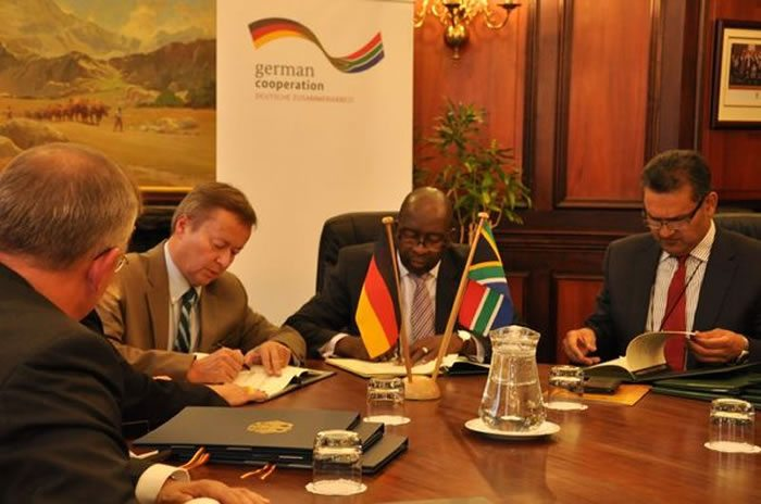 German Amb. Dr Horst Freitag (second left) with South African Finance Minister Nene (3rd left) during the agreement signing ceremony