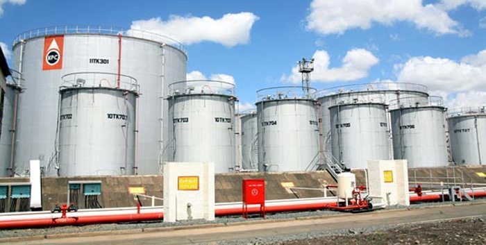 Oil terminal tanks