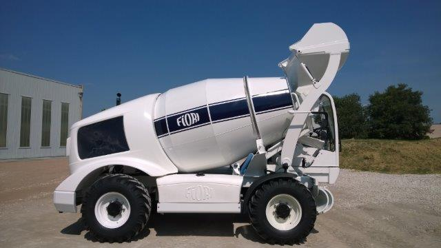 The low-cost, high-performance Fiori DBX35 self-loading concrete mixer from PMSA is ideal for African markets.