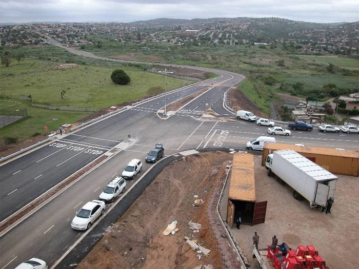 Reconstruction work on the R399 road in South Africa on track