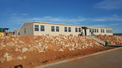 Kwikspace in South Africa constructs fire-retardant buildings at major Dam