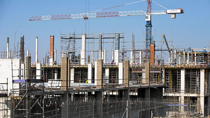 Govt vows to protect construction industry in South Africa
