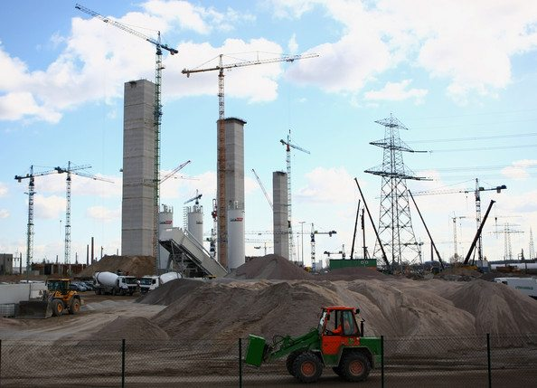 Kuwait funds construction of mega power project in Egypt