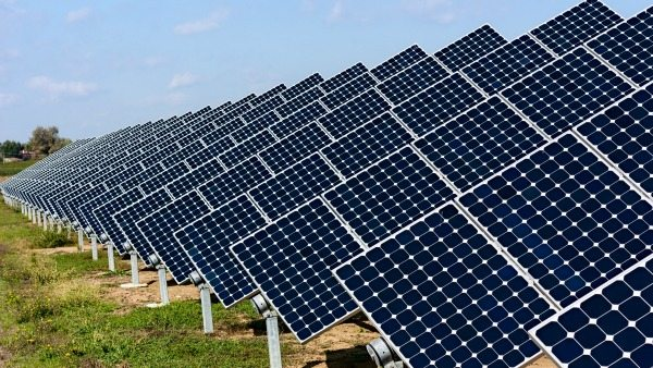 The government of Rwanda has pledged to set up 100 solar PV mini-grids in rural areas in Rwanda as part of the government's efforts to mitigate effects of climate change.