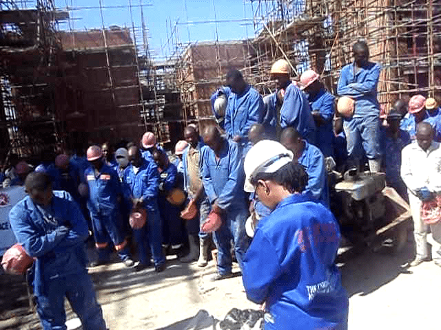 Construction workers in Zimbabwe demand pay rise