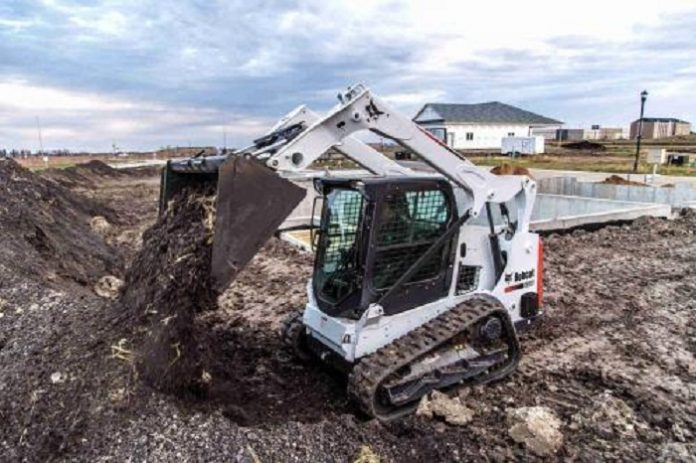 Bobcat introduces T595 CTL compact track loader