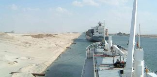 Russia urged to fund Suez Canal infrastructure