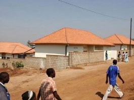130 households in Rwanda to get roofing materials