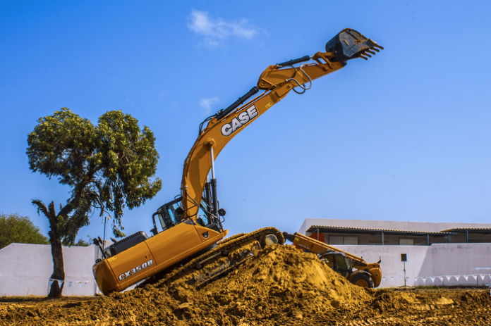 CASE demonstrates road-buildingequipment at its best in extreme conditions