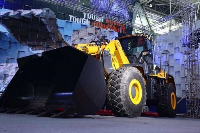 LiuGong Launches the Revolutionary Vertical Lift Loader