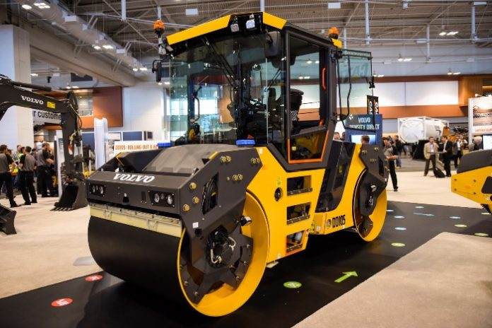 Volvo unveils new DD105 OSC double drum compactor