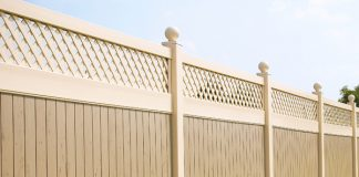 Why Vinyl is an Amazing Fencing Material