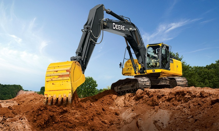 3 top safety tips for trenching with an excavator