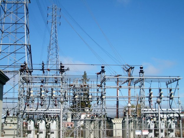 7 Tips on staying safe while working with high voltage