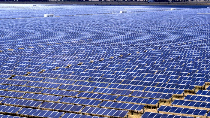 Egypt Constructs World S Largest Solar Park In Benban