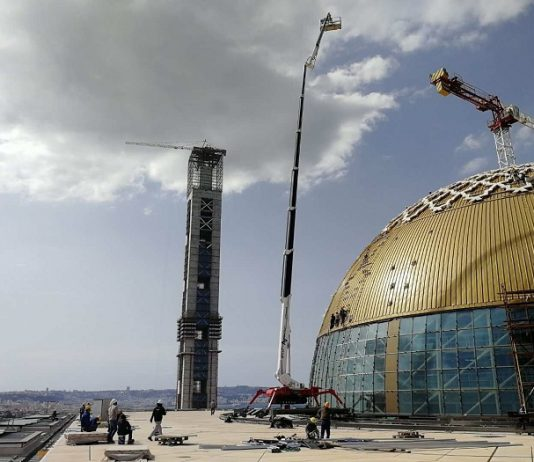 Algeria constructs mosque with world's tallest minaret