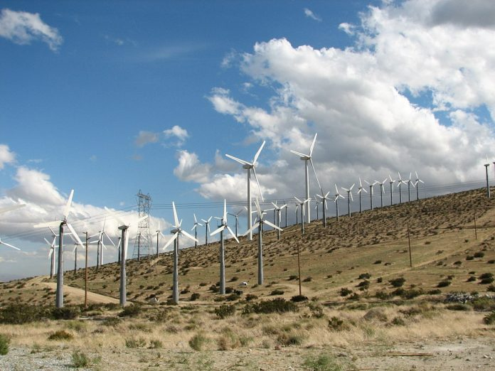 South Africa signs PPA with Building Energy on US $376 m Roggeveld wind project.
