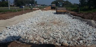 Kaytech Creates Rock Solid Base for the R42 in South Africa