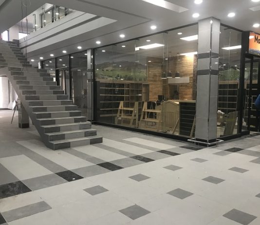 Sika floors The Square Shopping Centre in South Africa