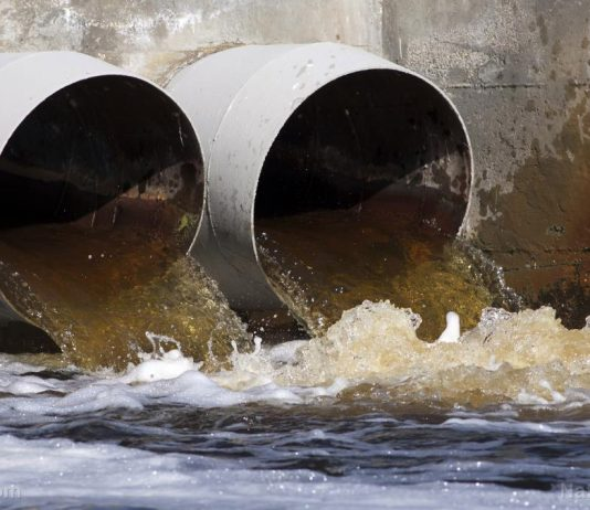 Zimbabwe signs US $237m deal for four new sewage treatment plants