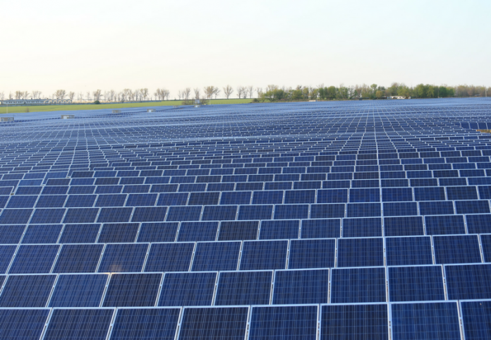 Mauritius connects 16.3MW solar park to the grid