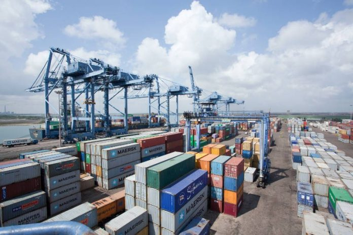 Nigeria commissions cargo handling equipment at Onne Port