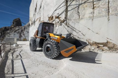 CASE unveils the world's first methane-powered construction vehicle