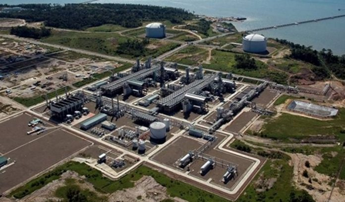 Mozambique secures contract for construction of onshore liquefied natural gas