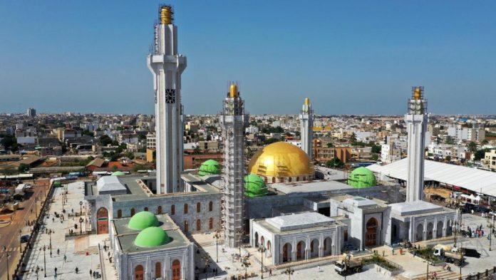 पश्चिम अफ्रीका में सबसे बड़ी मस्जिद सेनेगल में खुलती है