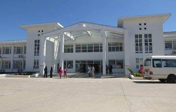 Zimbambwe opens newly built Mahusekwa hospital
