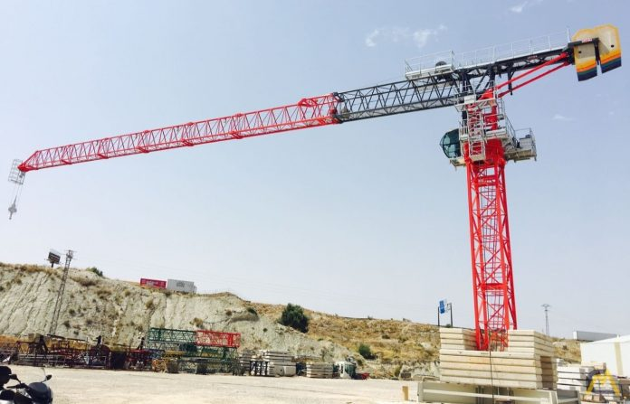 4 Tips to consider when choosing the right crane for your construction