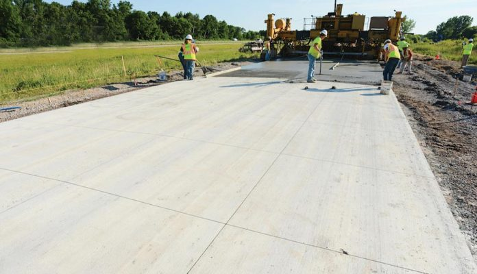 Precast concrete highway pavement slabs