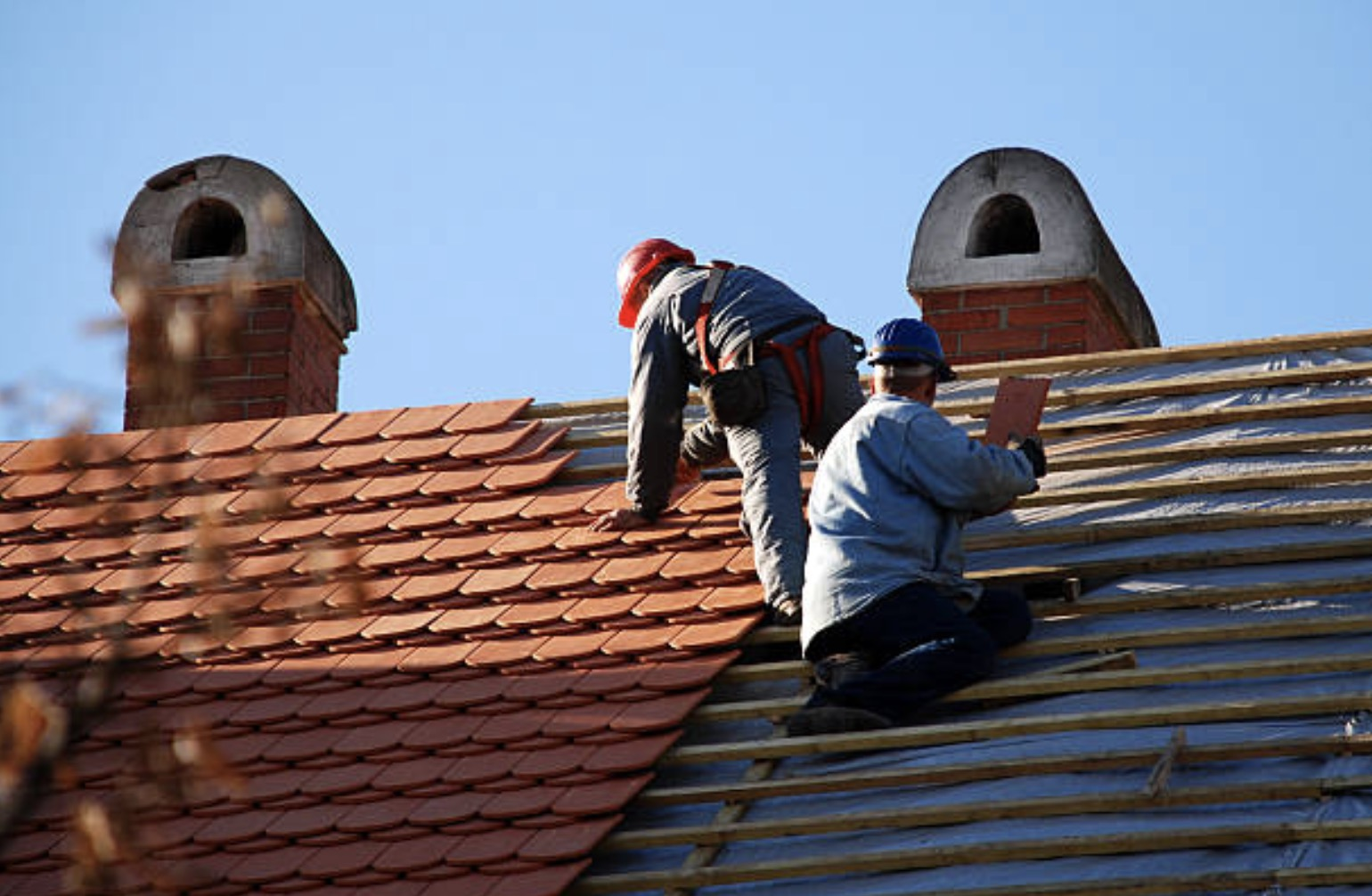 Alluring Traits of a Good Roofing and Restoration Service Provider
